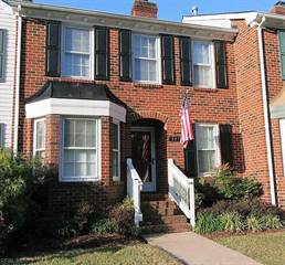 Townhouse for sale in 547 Mulligan Drive, Virginia Beach, VA, 23462