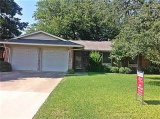 Single Family for sale in 1305 Meadowcrest Drive, Plano, TX, 75075