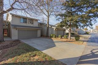 Townhouse for sale in 9909 Hefner Village Drive, Oklahoma City, OK, 73162