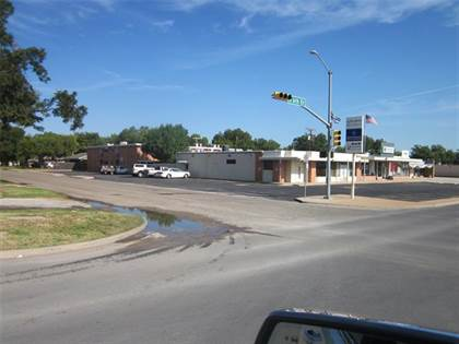 Multifamily for sale in 617 WESTWOOD Drive, Abilene, TX, 79603