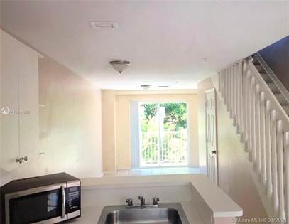 Residential Property for sale in 821 SW 2nd St 5, Miami, FL, 33130