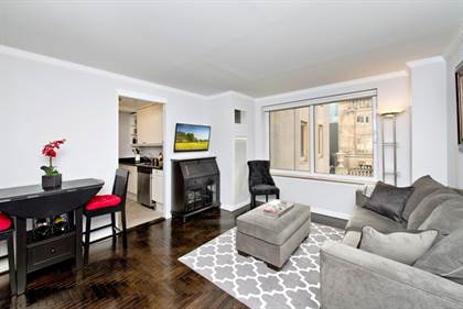 Residential Property for rent in 106 Central Park South 19-O, Manhattan, NY