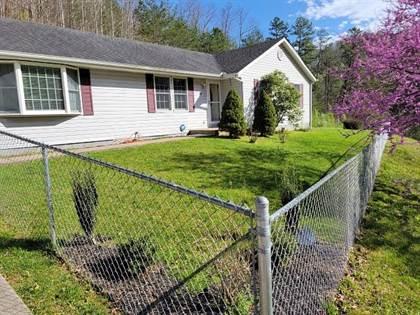 Residential Property for sale in 82 J. C. Osborne Blvd., Hyden, KY, 41749
