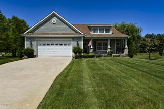 Single Family for sale in 15 Longmeadow Drive, Niles, MI, 49120
