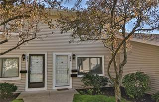 Townhouse for rent in 696 Eastbrooke Lane, Brighton, NY, 14618
