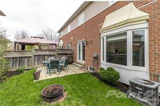 Townhouse for sale in 117 Laurendale Avenue, Waterdown, Ontario