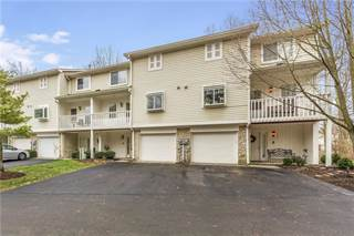 Condo for sale in 1043 Island Woods Drive, Indianapolis, IN, 46220