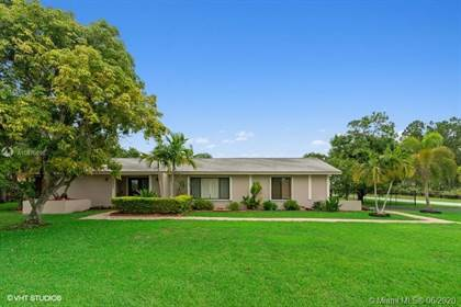 Residential for sale in 12541 SW 112th Ave, Miami, FL, 33176