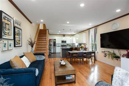 Residential Property for sale in 86 OAK ST B, Jersey City, NJ, 07304