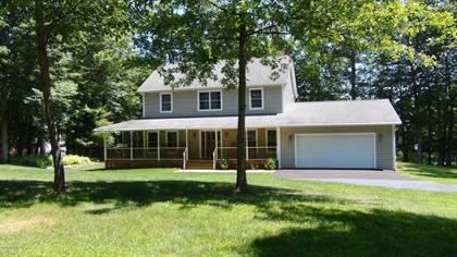 Residential for sale in 120 Pitch Pine Dr, Milford, PA, 18337