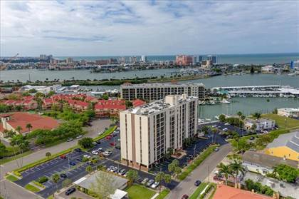 Residential Property for sale in 255 DOLPHIN POINT 312, Clearwater, FL, 33767