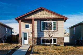 Residential Property for sale in 708 Mt Sundance Lane W, Lethbridge, Alberta, T1J 0T3