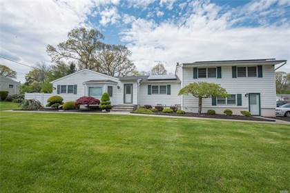 Multifamily for sale in 24 College Road, Selden, NY, 11784