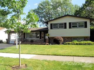 Residential Property for sale in 711 W. Berkley Drive, Arlington Heights, IL, 60004