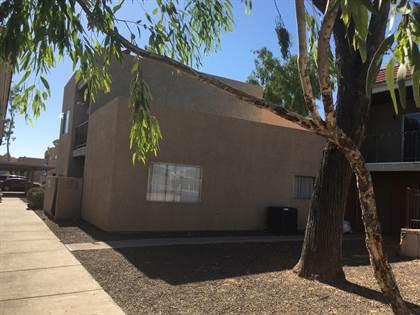 Multifamily for sale in 2844 E MONTE CRISTO Avenue, Phoenix, AZ, 85032
