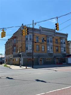 Multifamily for sale in 922 State Street, Schenectady, NY, 12307