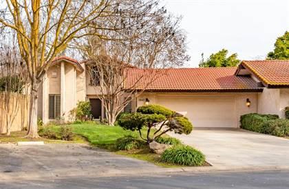 Residential for sale in 5640 N El Adobe, Fresno, CA, 93711