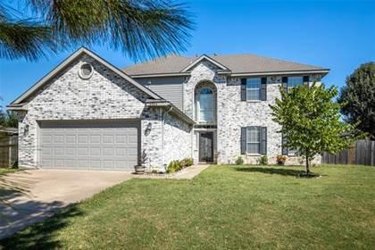 Residential for sale in 4804 Brady Court, Arlington, TX, 76018