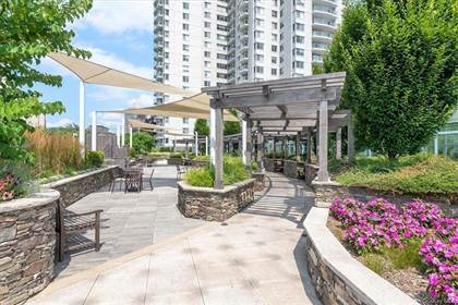 Residential Property for sale in 3333 Henry Hudson Parkway 18Y, Bronx, NY, 10463