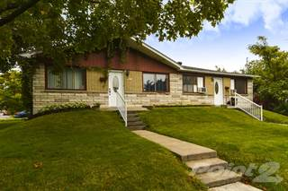 Multi-family Home for sale in 5837-5841 Av. Des Ormeaux, Montreal, Quebec