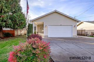 Single Family for sale in 1320 S 7th St, Lebanon, OR, 97355