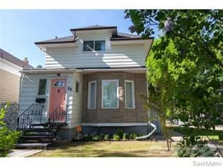 Single Family for sale in 702 32nd STREET W, Saskatoon, Saskatchewan