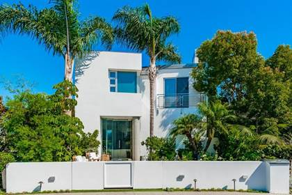 Residential Property for sale in 2702 Circle Drive, Newport Beach, CA, 92663