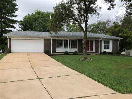 Residential Property for rent in 2 Sunny Forest Court, Ellisville, MO, 63011