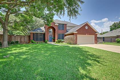 Residential for sale in 3505 Heatherbrook Drive, Arlington, TX, 76001