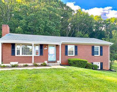 Residential for sale in 1207 W Hill Drive, Bedford, VA, 24523
