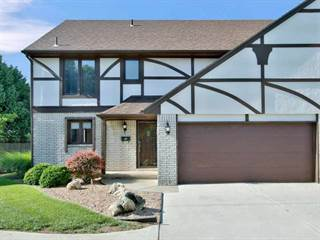 Condo for sale in 641 N Woodlawn St Apt 4, Wichita, KS, 67208