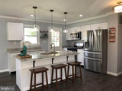 Residential Property for sale in 5205 INVERCHAPEL ROAD, Springfield, VA, 22151