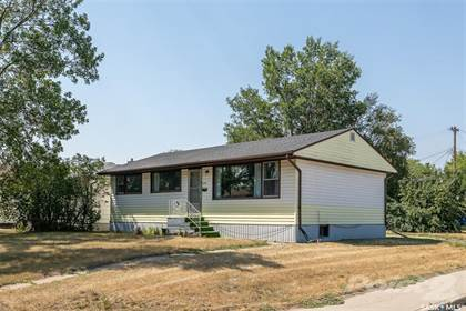 Residential Property for sale in 1301 N AVENUE S, Saskatoon, Saskatchewan, S7M 2R2