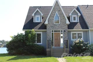 Townhouse for sale in 8020 St. Margaret's Bay Road, Boutlier's Point, Nova Scotia