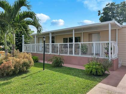 Residential for sale in 19800 SW 180 Ave Lot 505/06, Miami, FL, 33187