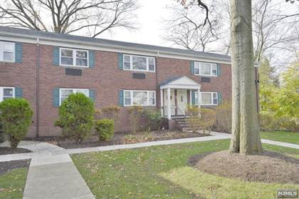 Condominium for sale in 70 Demott Street B, Tenafly, NJ, 07670