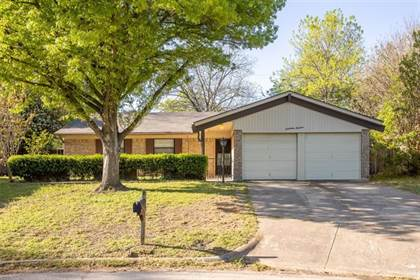 Residential Property for sale in 1700 Windsor Drive, Arlington, TX, 76012