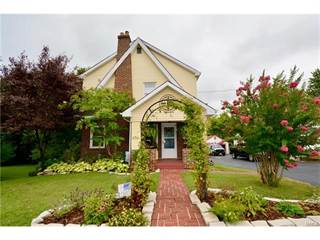 Single Family For Sale In 8510 South Laclede Station, Affton, MO, 63123