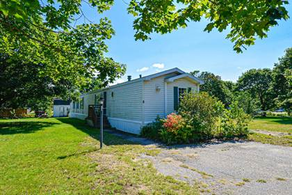 Residential Property for sale in 8 Morning Glory Lane, Rochester, NH, 03868