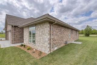 House for sale in 3587 West Camelot Street, Springfield, MO, 65807