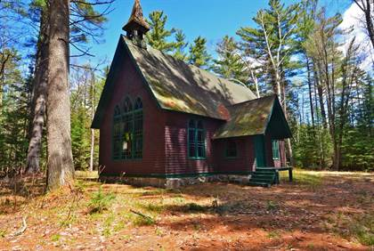 Residential for sale in 10 Indian Carry Rd, Harrietstown, NY, 12986