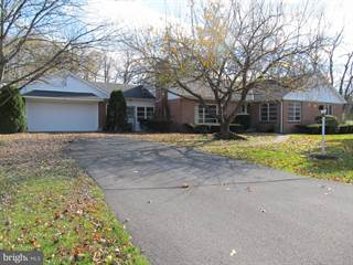 Single Family for sale in 80 WOODCREST DRIVE, Stremmels, PA, 17325