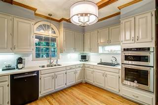 Single Family for sale in 2330 KIMBROUGH Court, Sandy Springs, GA, 30350