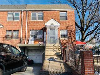 Townhouse for rent in 41-63 150th St 3Fl, Flushing, NY, 11355