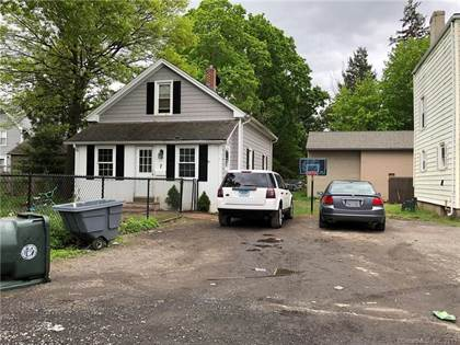 Phenomenal For Sale 7 Spencer Court East Hartford Ct 06108 More On Point2Homes Com Home Interior And Landscaping Palasignezvosmurscom
