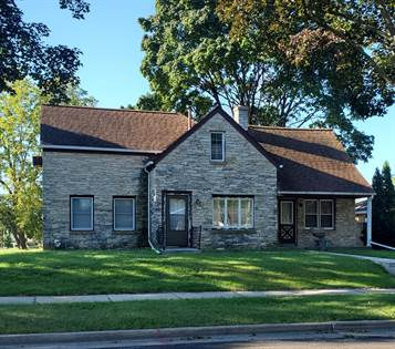 Residential Property for sale in 9807 W Sarasota Pl, Milwaukee, WI, 53222