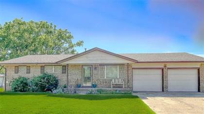 Residential Property for sale in 114 Holly Dr, Hennessey, OK, 73742