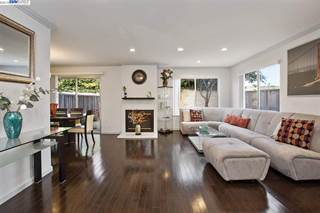 Single Family for sale in 142 Bayview Cir, San Francisco, CA, 94124