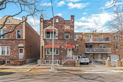 Multifamily for sale in 48-12 67 Street, Queens, NY, 11377
