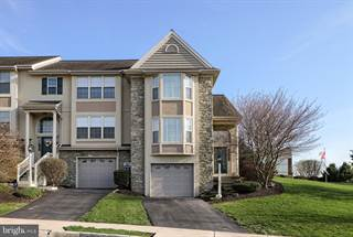 Townhouse for sale in 601 ROYAL VIEW DRIVE, Greater Manheim, PA, 17601